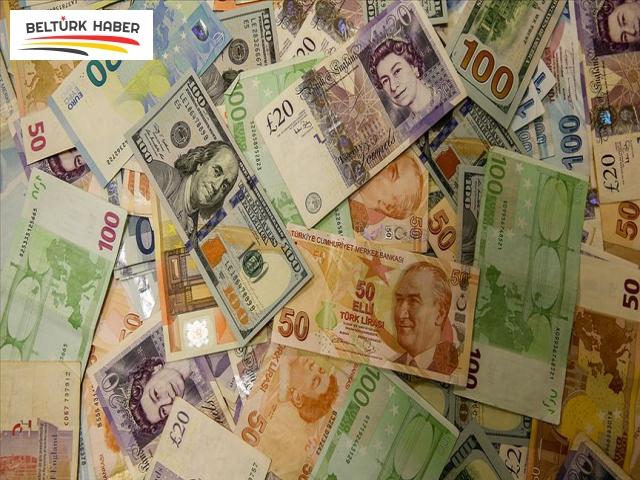 Piyasalarda artan oynaklık para birimlerini baskılıyor