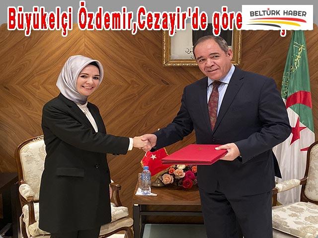 Büyükelçi Özdemir, Cezayir'de göreve başladı