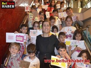 Brüksel'de Çocuklar Bayram Geleneğini Yaşatıyor