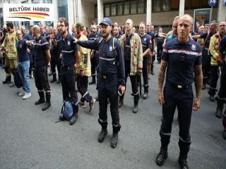 Belçika'da itfaiyeciler greve gitti