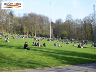 Güneş yüzünü gösterdi, parklar doldu taştı