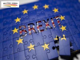 AB'den Brexit'i erteleme kararı