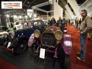 Brüksel Klasik Otomobil Fuarı başladı